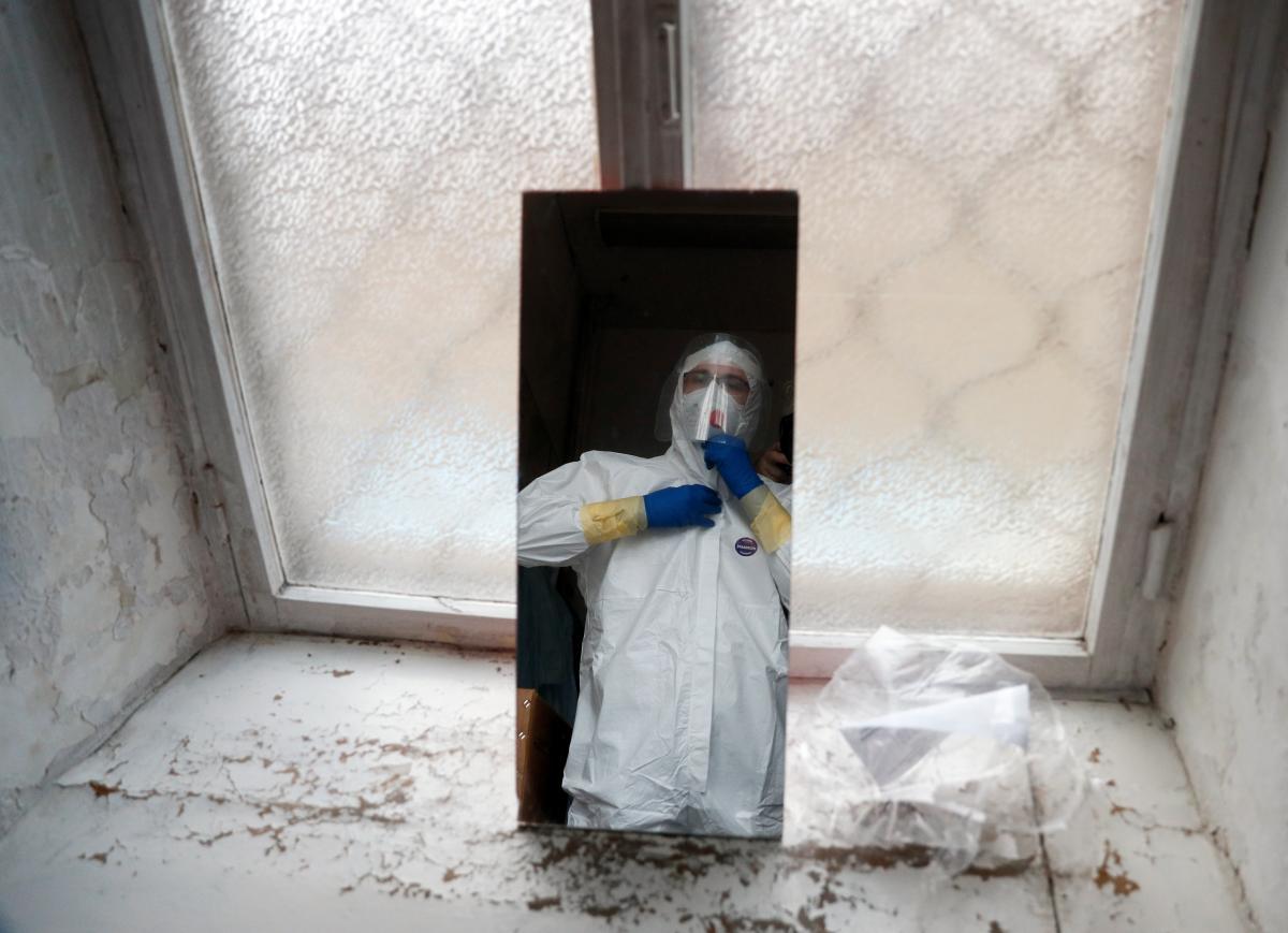 Эпидемическая ситуация в Украине ухудшается / REUTERS
