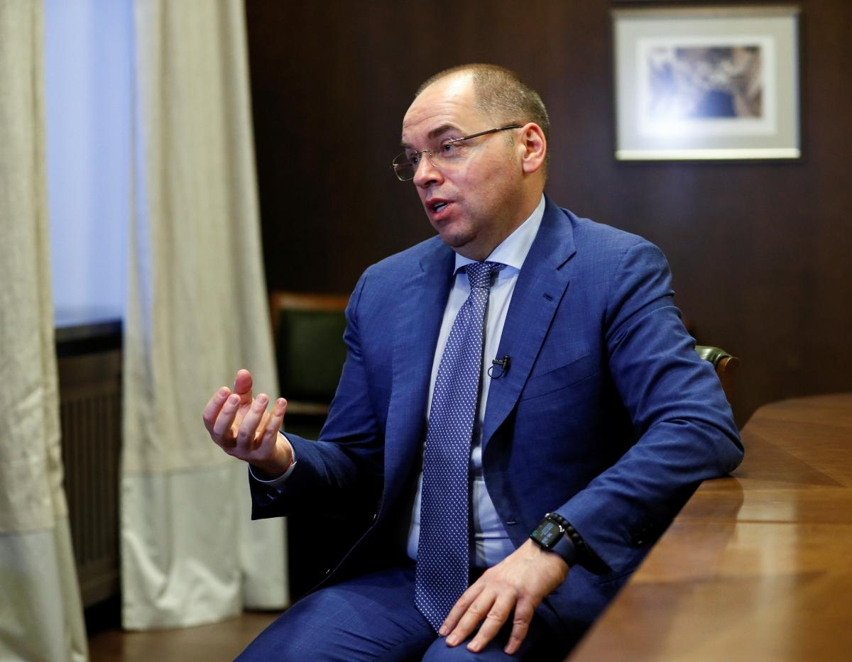 Степанов заявил, что на сегодня привито практически 1 млн украинцев \ фото REUTERS