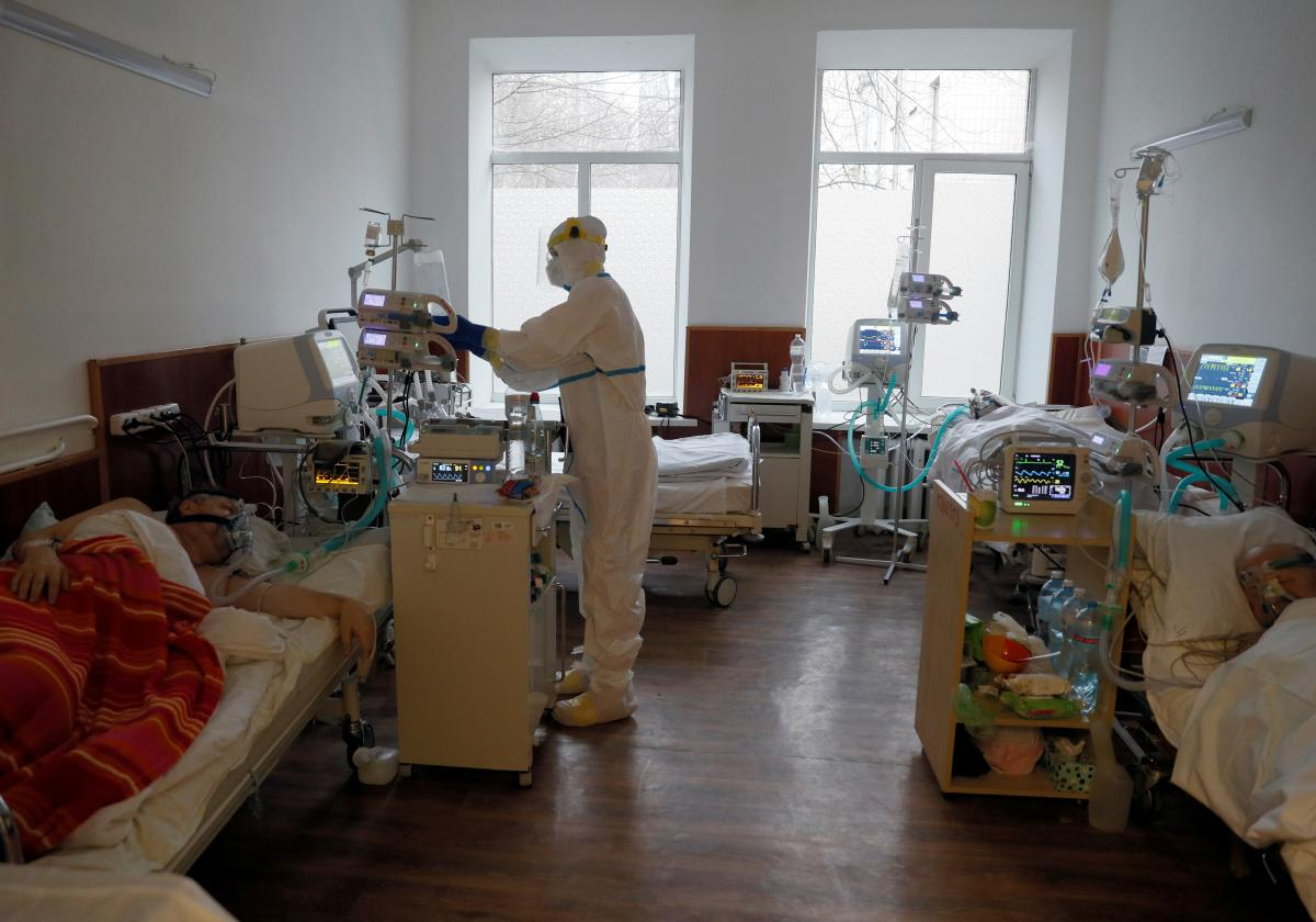 Ситуация с коронавирусом в Украине ухудшается / REUTERS