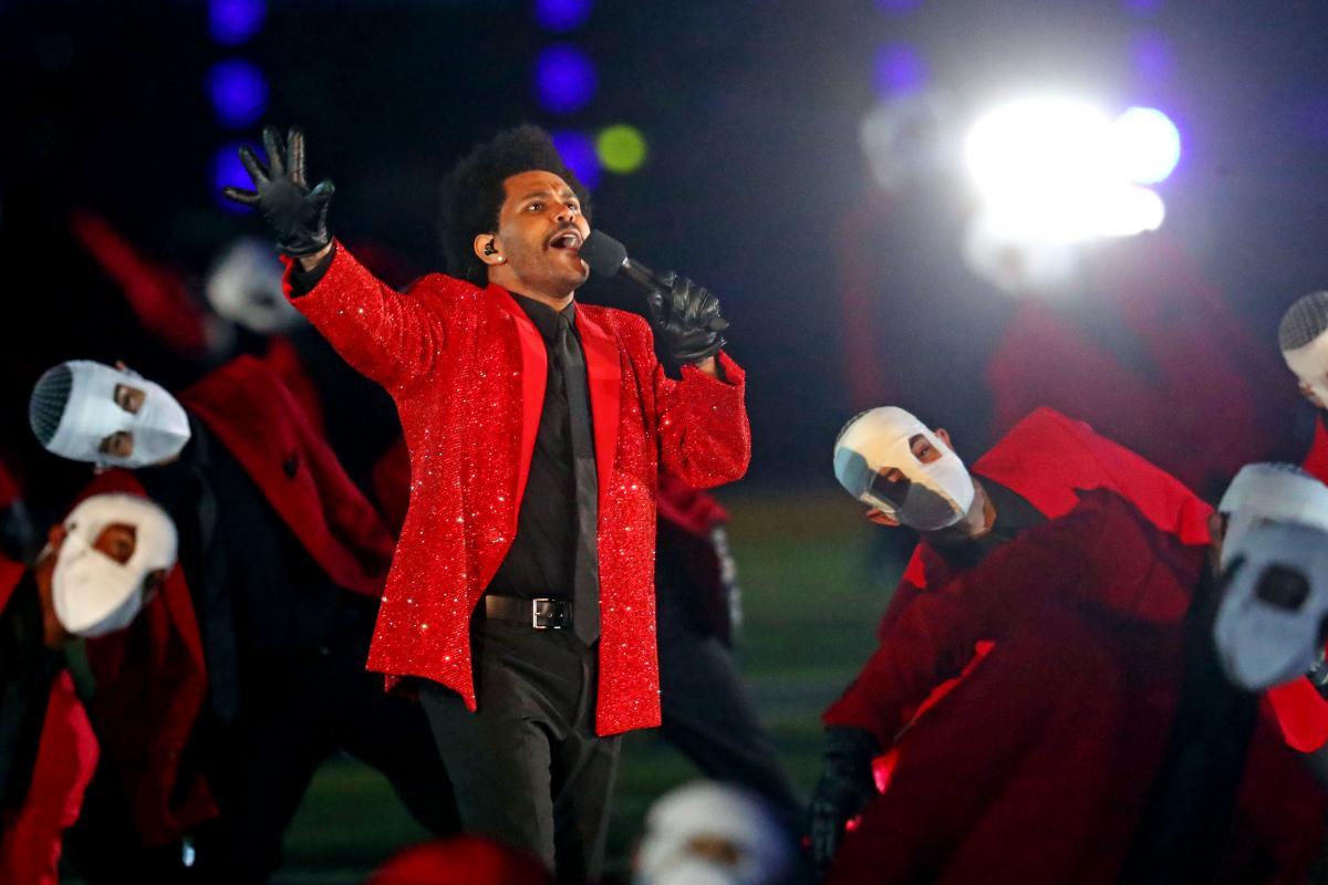 У лютому The Weekndвиступивна Super Bowl 2021 \ фото REUTERS