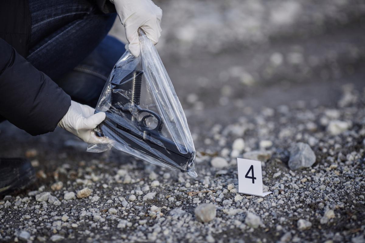 После убийства родных парень угрожал устроить расправу в школе / фото ua.depositphotos.com