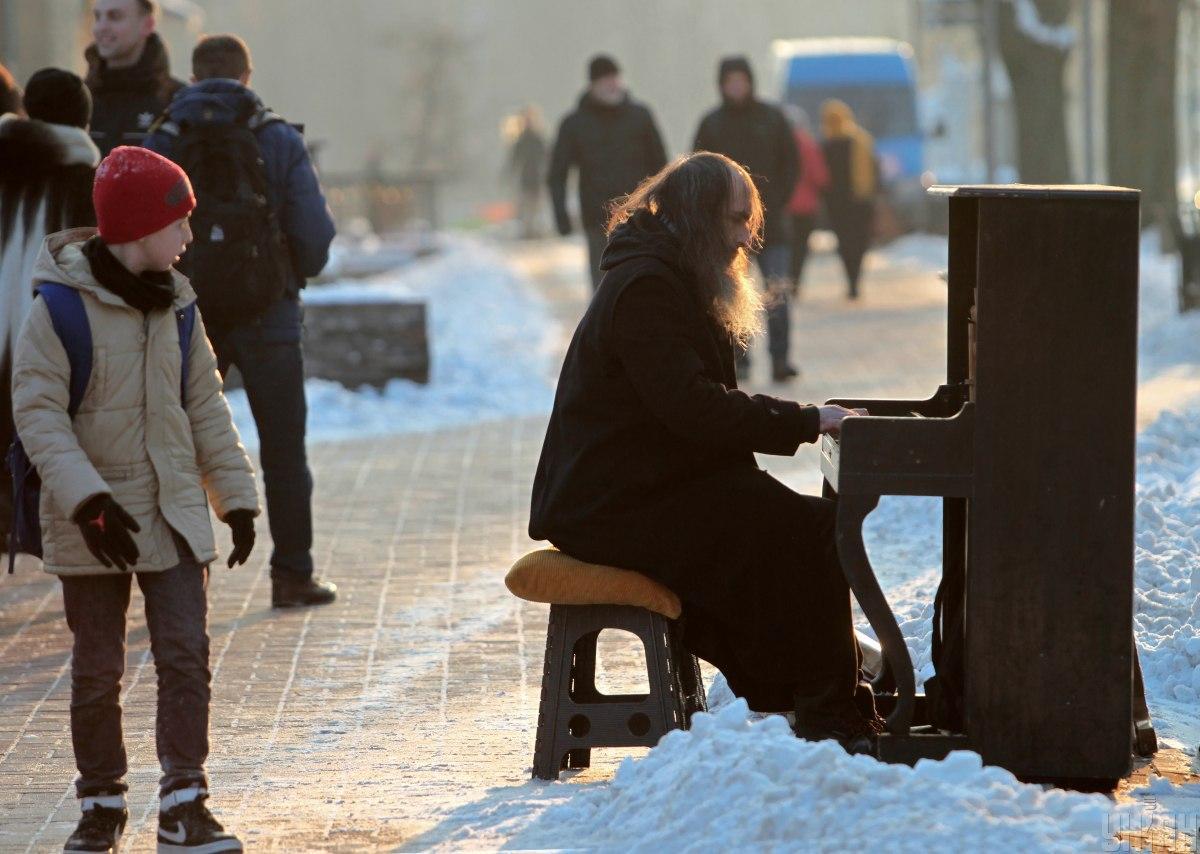 В Киеве завтра продолжит идти снег / фото УНИАН, Борис Корпусенко