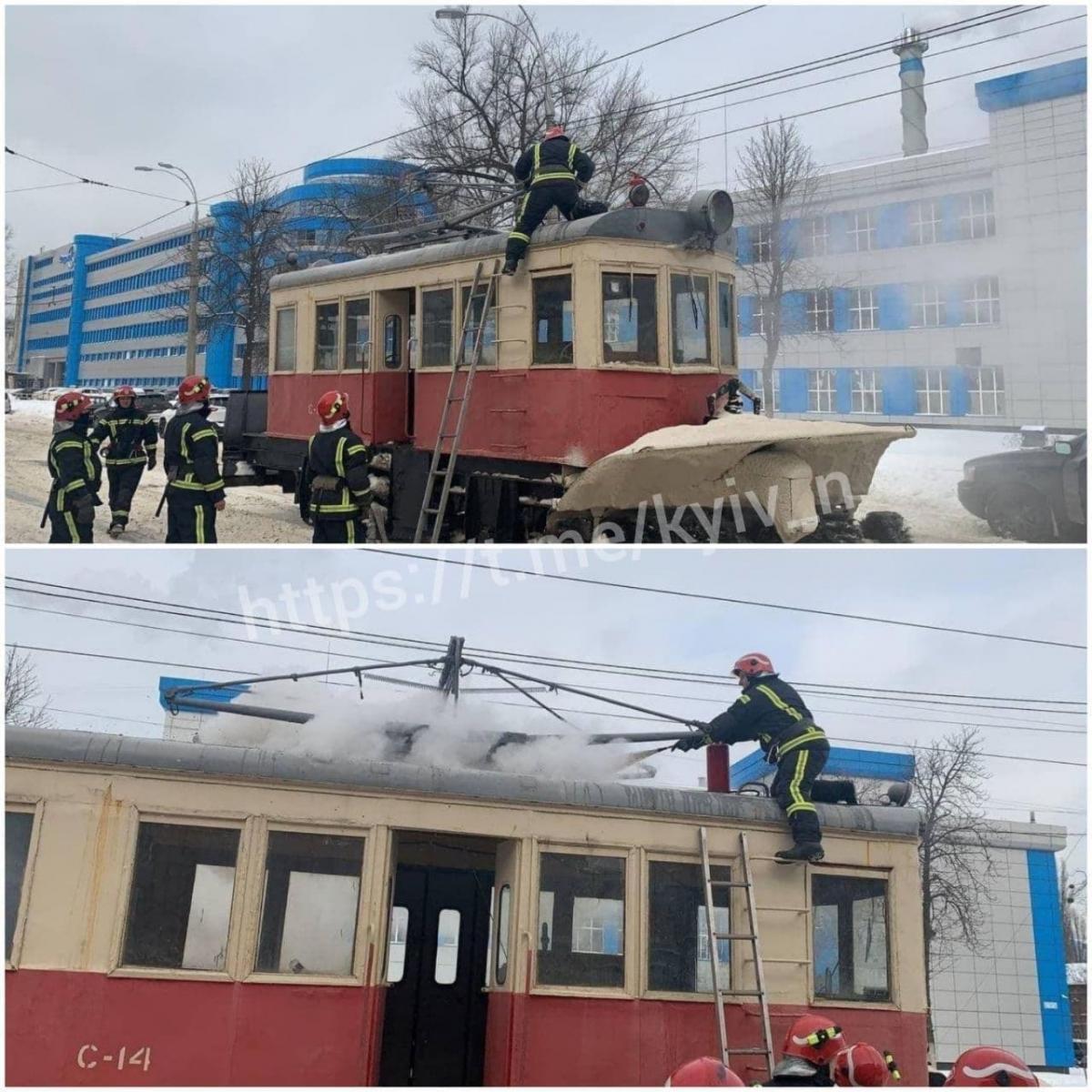 Загорелась крыша трамвая / Киев сейчас