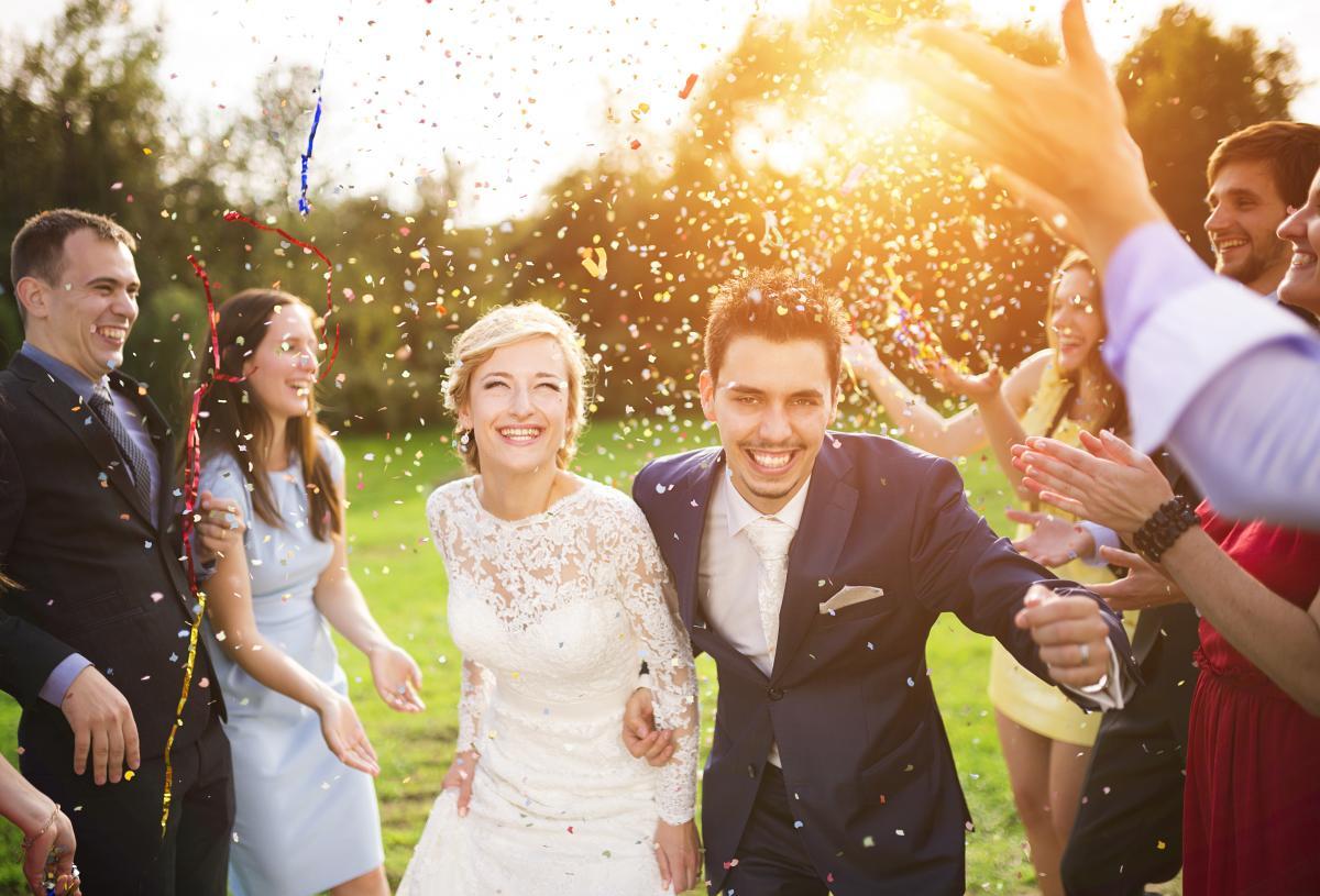 День весілля - найкращі привітання з одруженням / фото ua.depositphotos.com