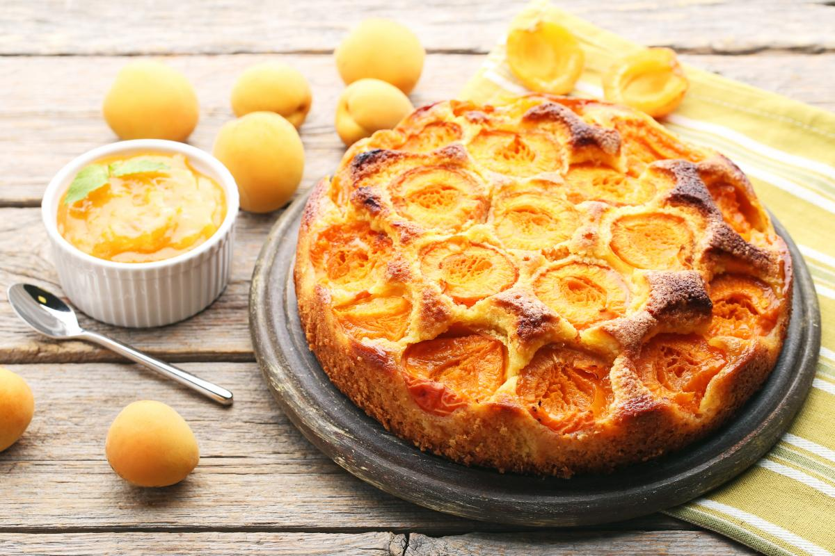 Рецепт пирога на кислом молоке / фото ua.depositphotos.com