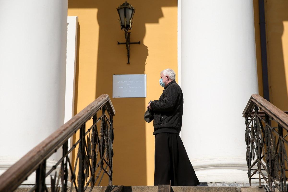 Христианская этика - Шкарлет объяснил нововведение образовательной программы / Фото УНИАН, Вячеслав Ратынский