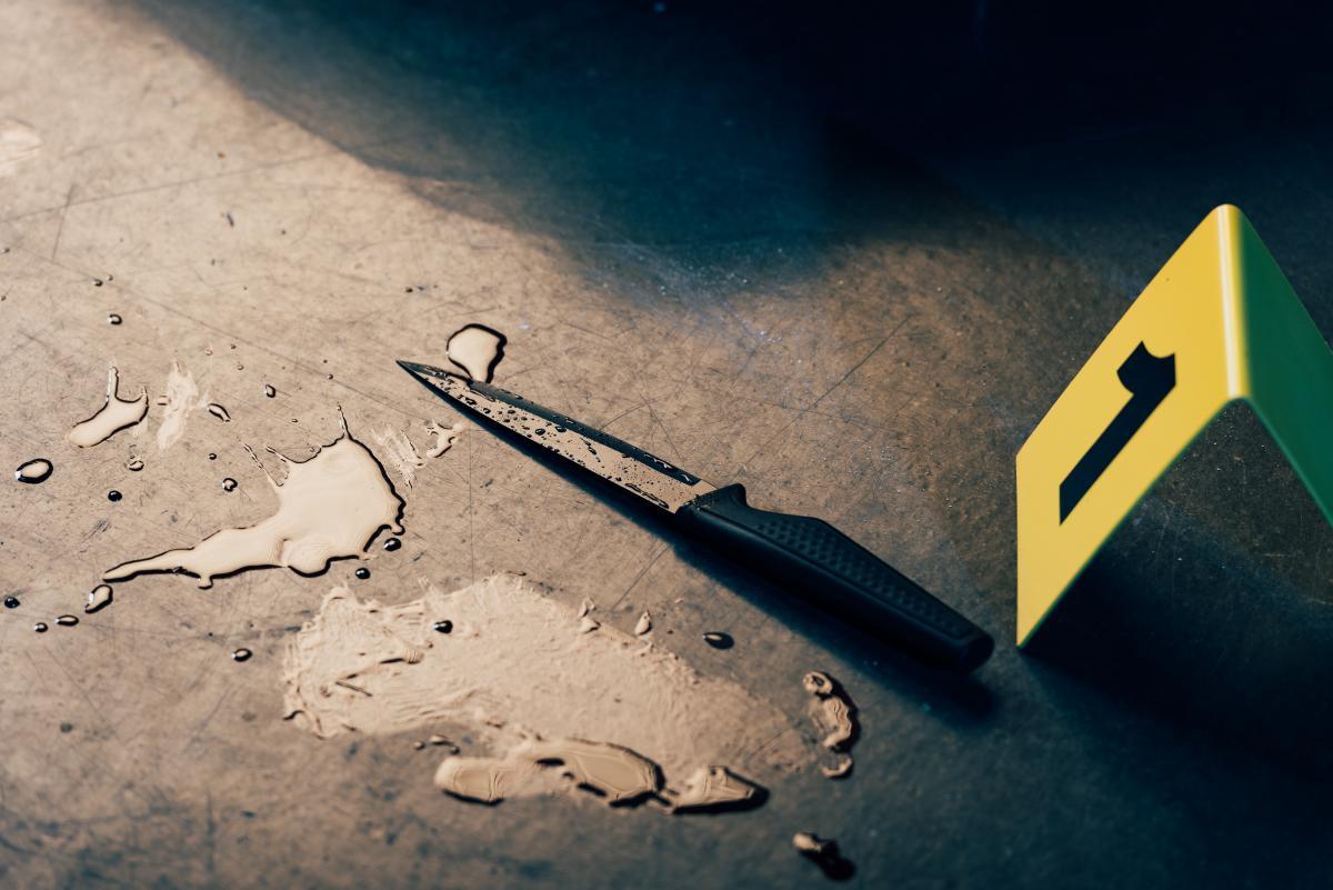 """Чоловік поранив дружину ножем, намагаючись """"зняти кіно"""" / фото ua.depositphotos.com"""