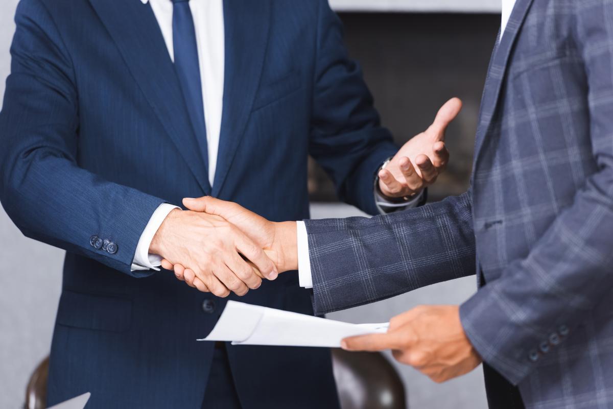 Новый законопроект внедряет принцип презумпции наличия трудовых отношений / фото ua.depositphotos.com