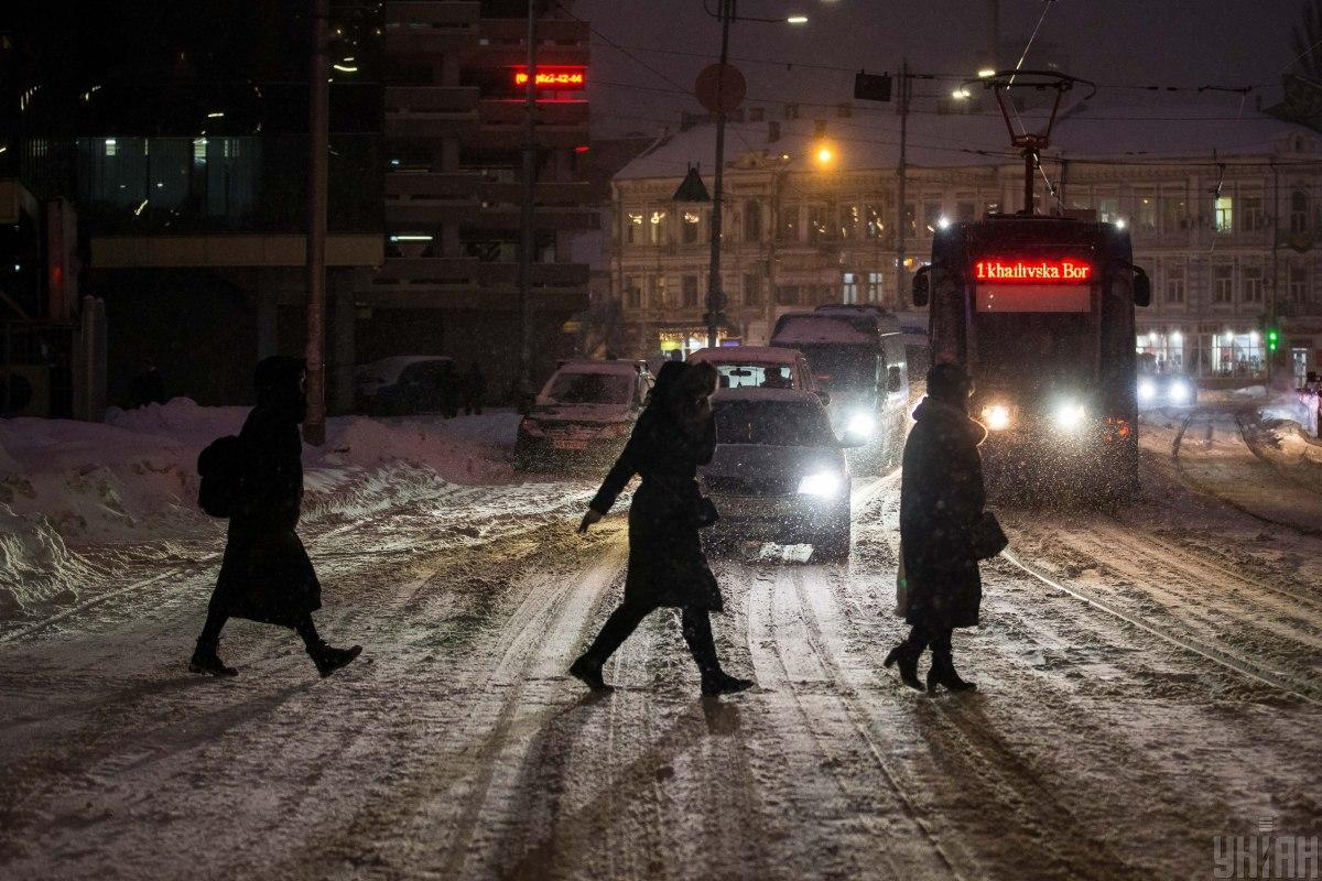 Киев живет в условиях большого количества снега / УНИАН