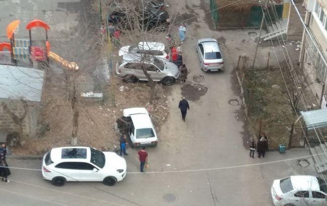 Жители многоэтажек в Ереване вышли на улицу после землетрясения / фото armeniasputnik.am