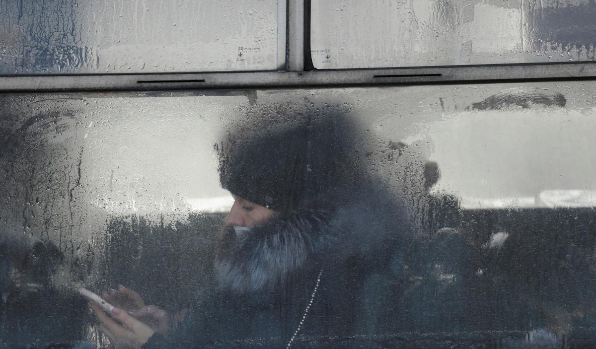 """У """"червоній"""" зоні громадський транспорт не працюватиме / Фото: REUTERS"""