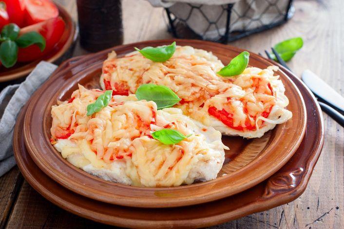 Куриные отбивные с сыром - рецепт / фото fresh.ru