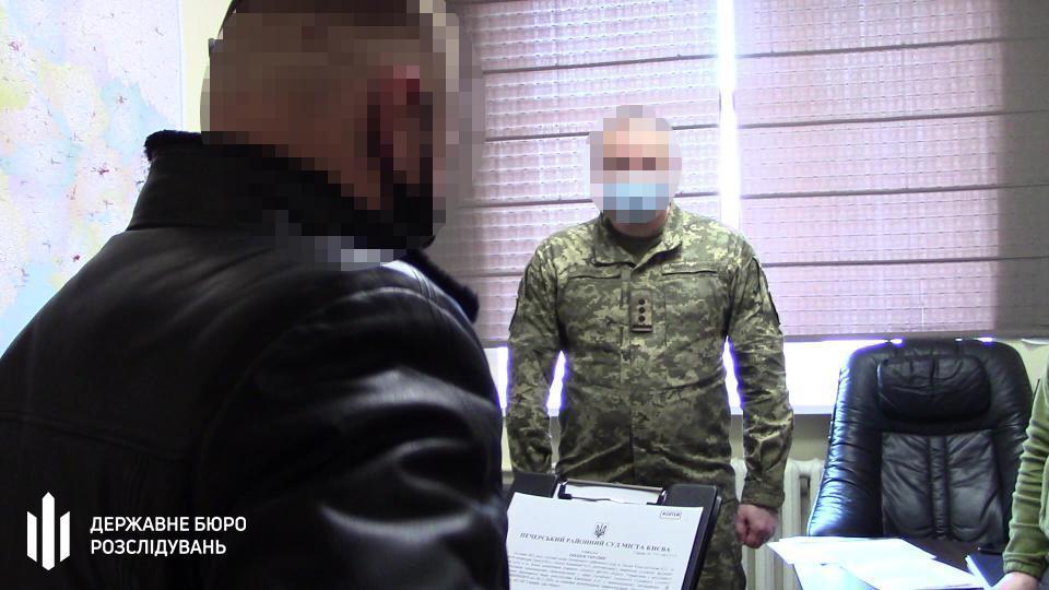 Следователи разоблачили закупку некачественных ИВЛ для армии / dbr.gov.ua