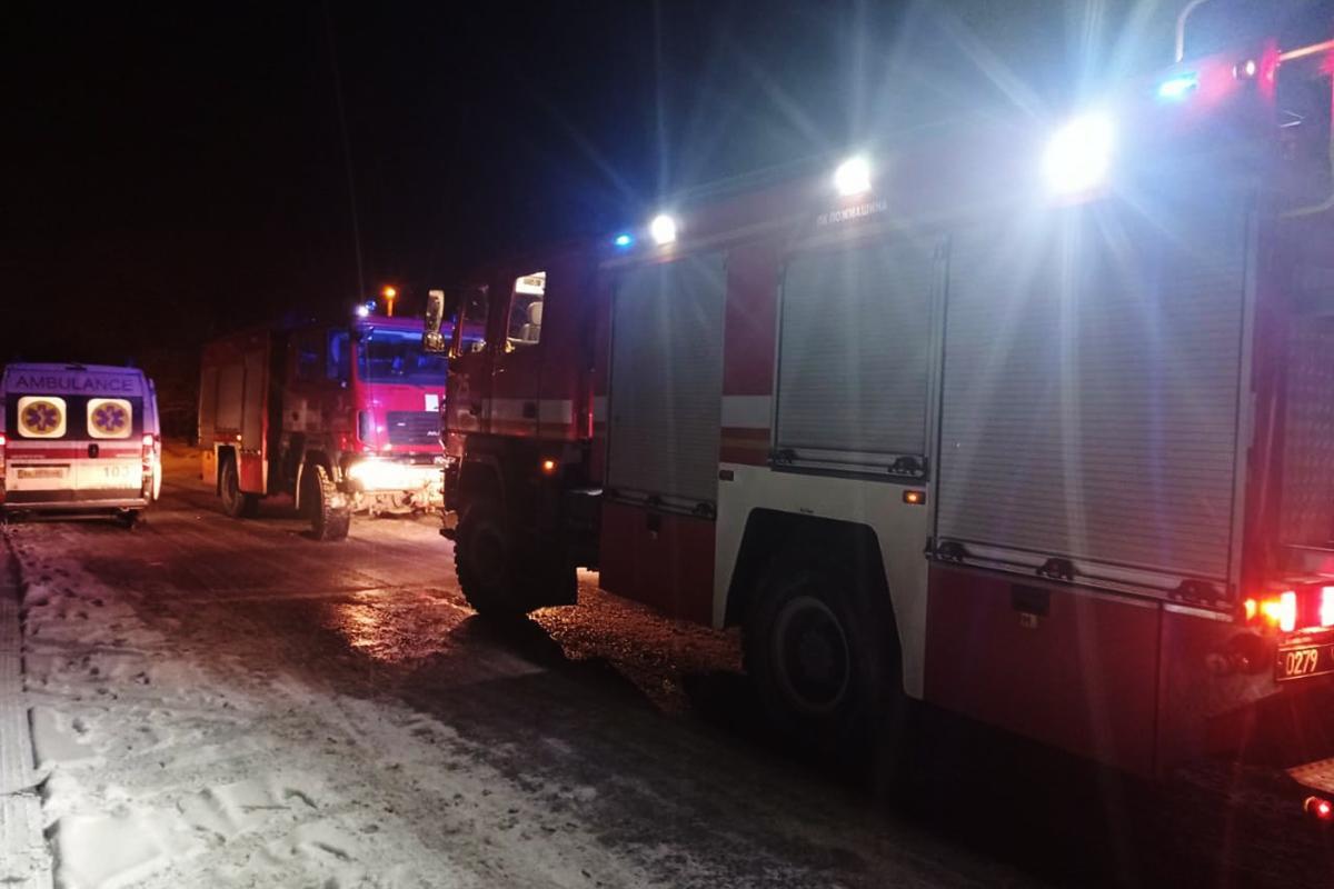 Пожар в Днепре унес жизни трех человек / фото ГСЧС
