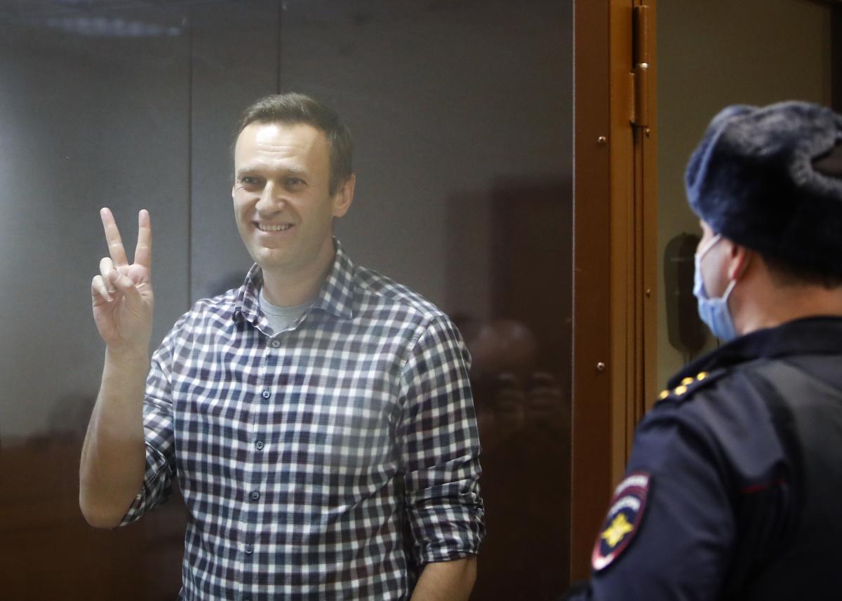 Навального этапируют в колонию / REUTERS