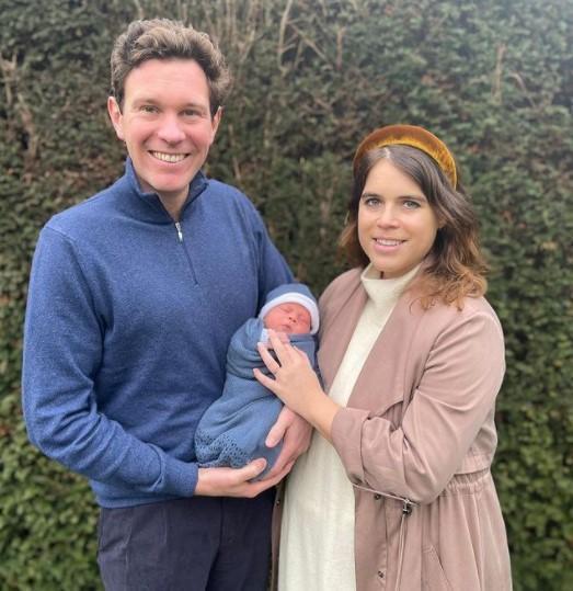 Миру показали новорожденного правнука королевы Елизаветы II / фото instagram.com/theroyalfamily