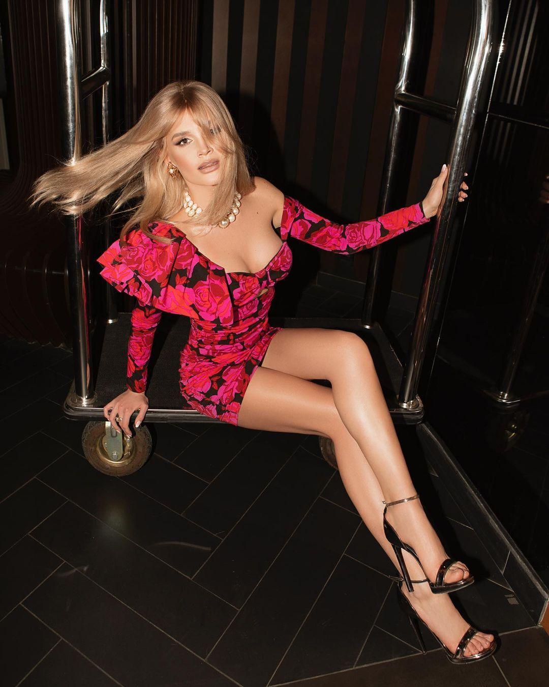 Певица восхитила сеть / instagram.com/misharomanova
