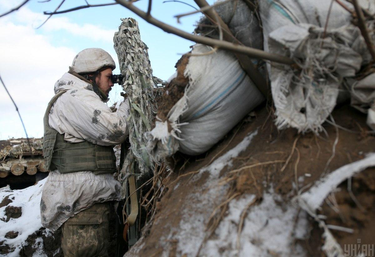На обстрелы противника украинские воины открывали ответный огонь / фото Анатолий Степанов