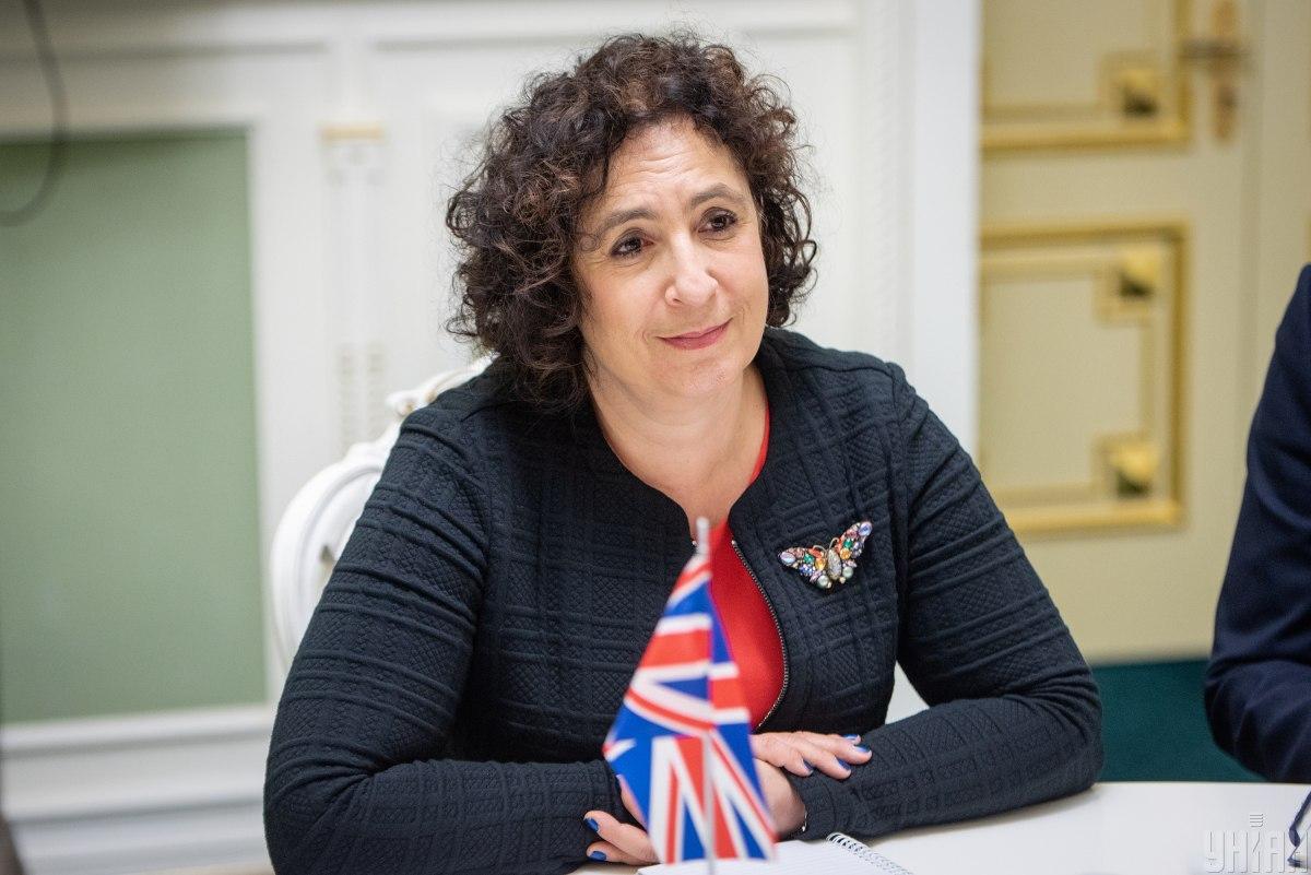 Мелінда Сіммонс пояснила, що британці не вітають голів держав з днем народження / фото УНІАН