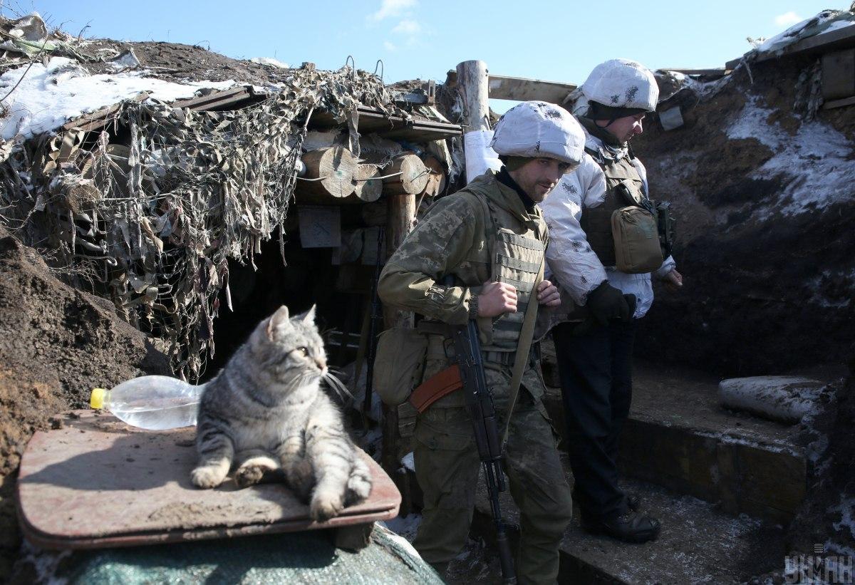 Війну щодня зупиняють хлопці на нульовому рубежі української оборони / фото УНІАН/ Анатолій Степанов