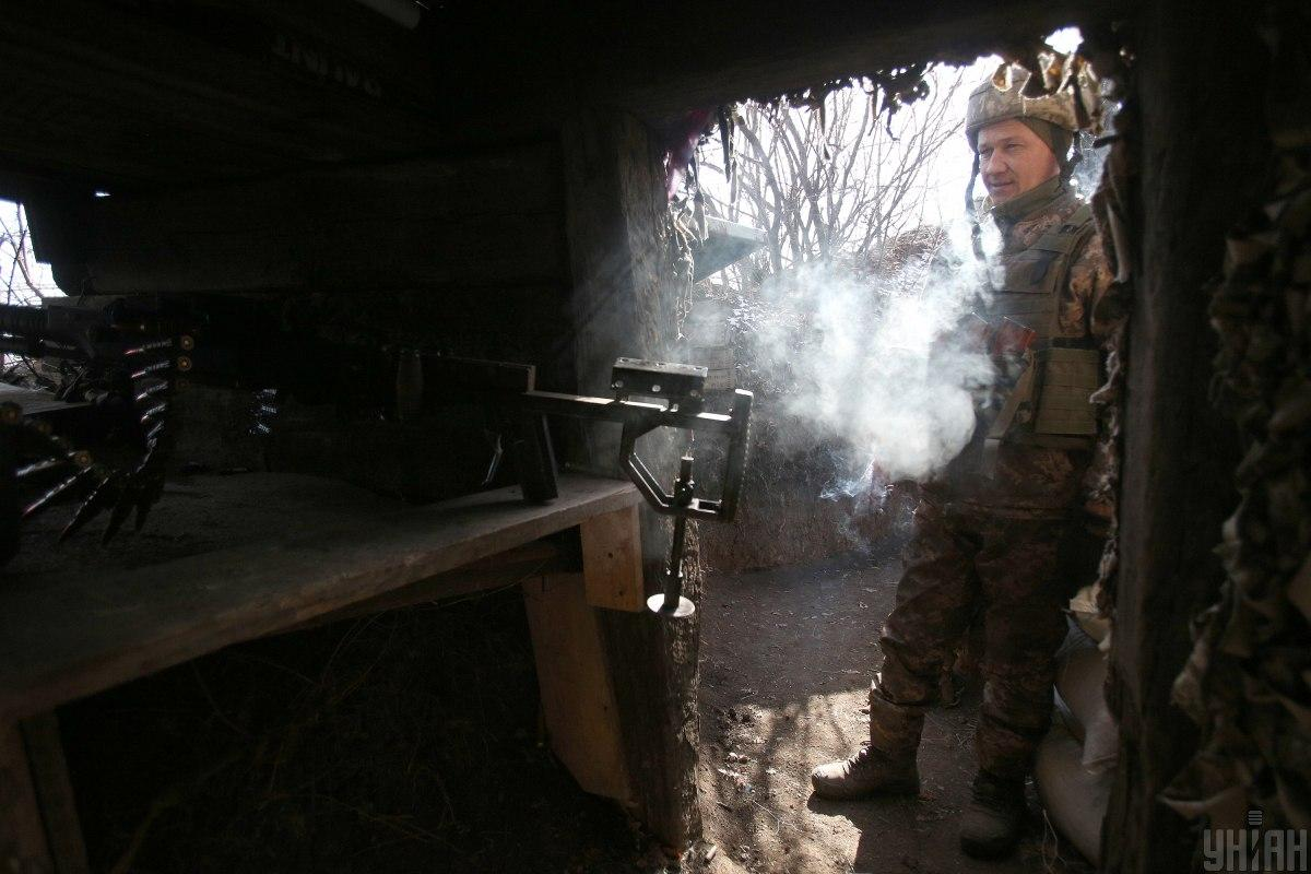 Ukraine records 10 ceasefire violations in Donbas on March 23 / Photo from UNIAN