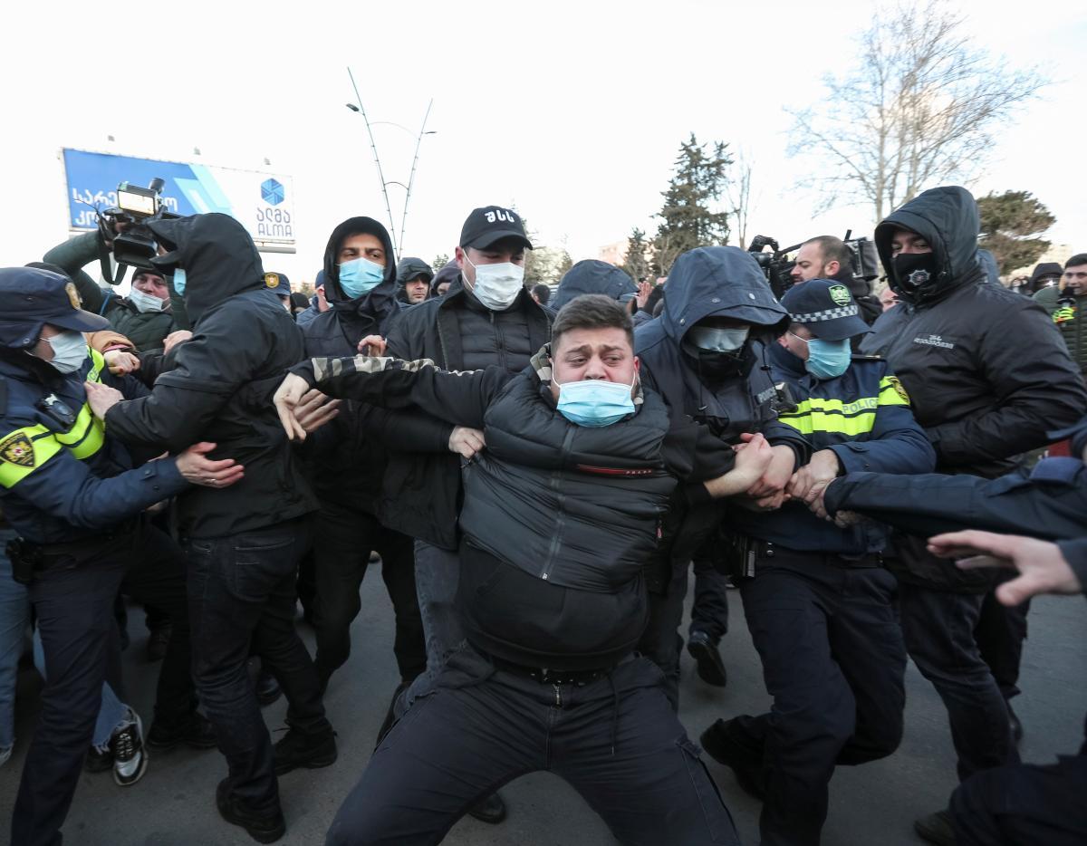 Ніка Мелія - опозиція Грузії оголосила початок постійних протестів у країні / Фото: REUTERS