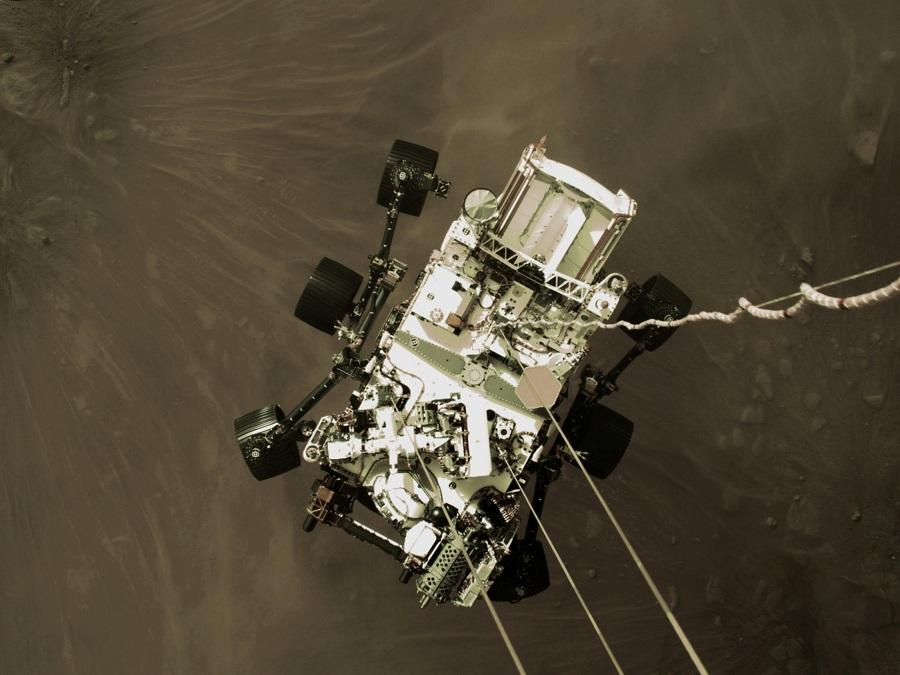 Perseverance сідає на поверхню Марса / REUTERS
