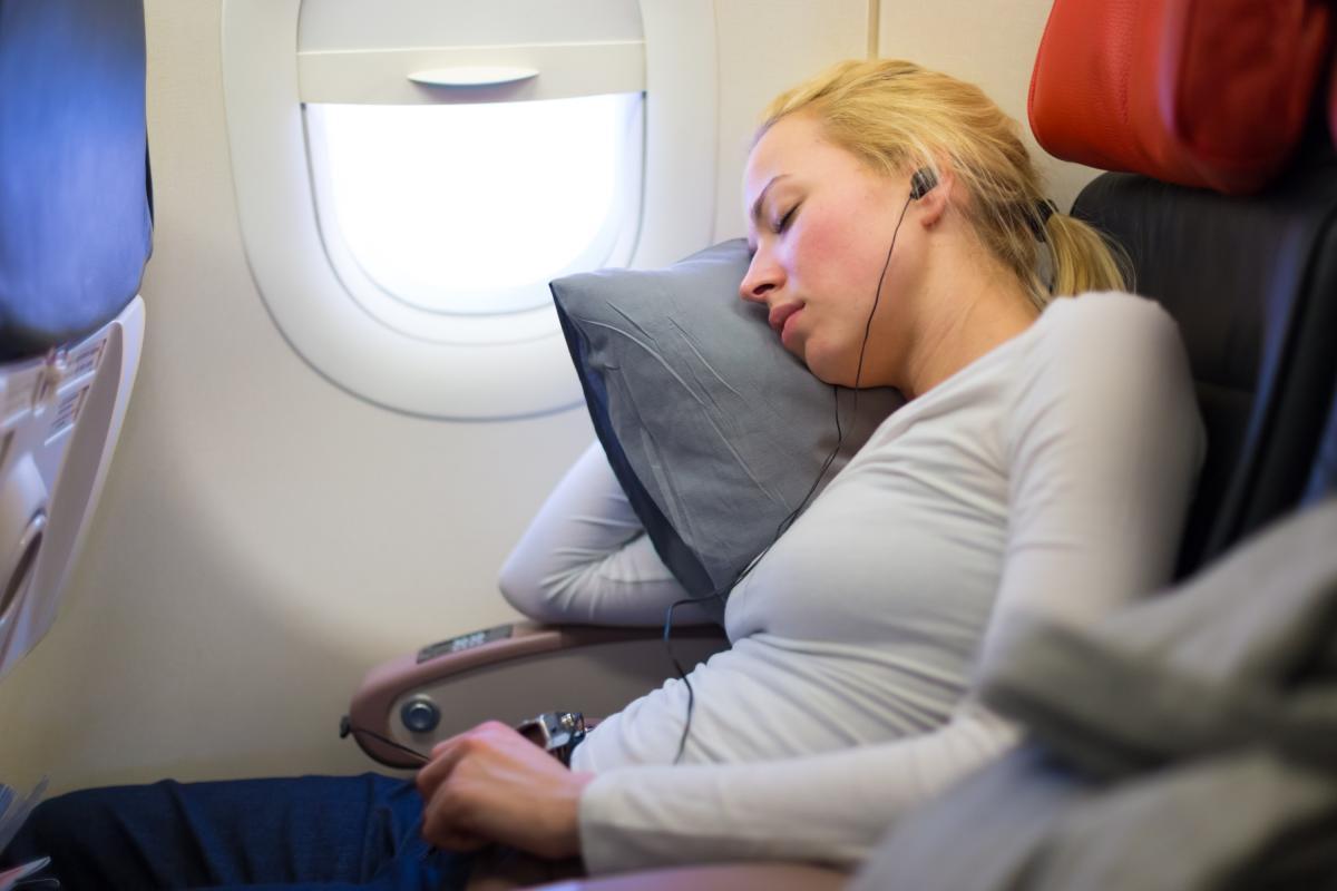 Забронювати послугу «Авіамісце для сну»можна лише в аеропорту / фото ua.depositphotos.com