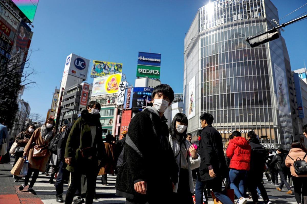 Япония серьезно обеспокоена распространением коронавируса / иллюстрация / REUTERS