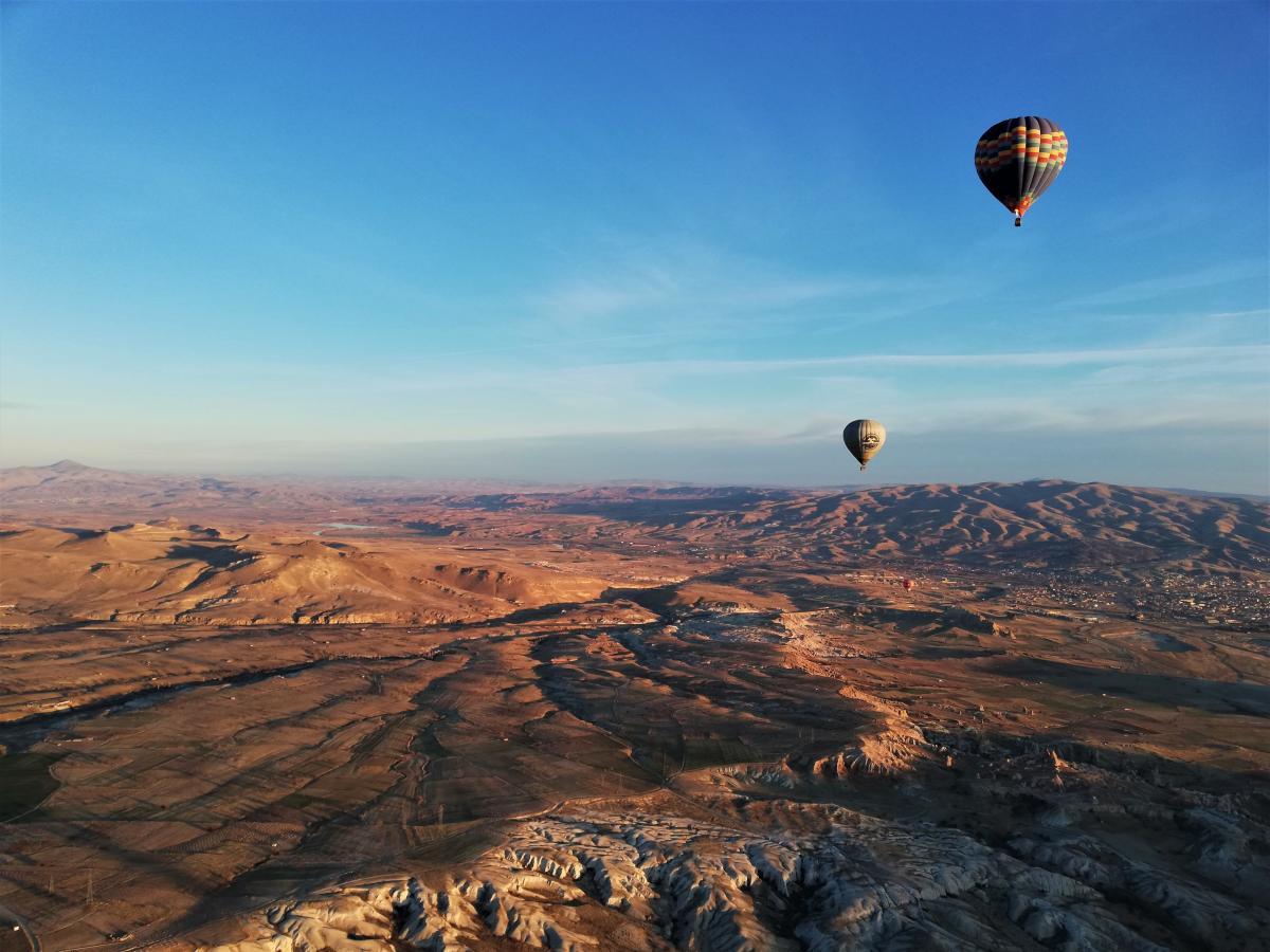 Максимально повітряна куля піднімається на 800 метрів / фото Марина Григоренко