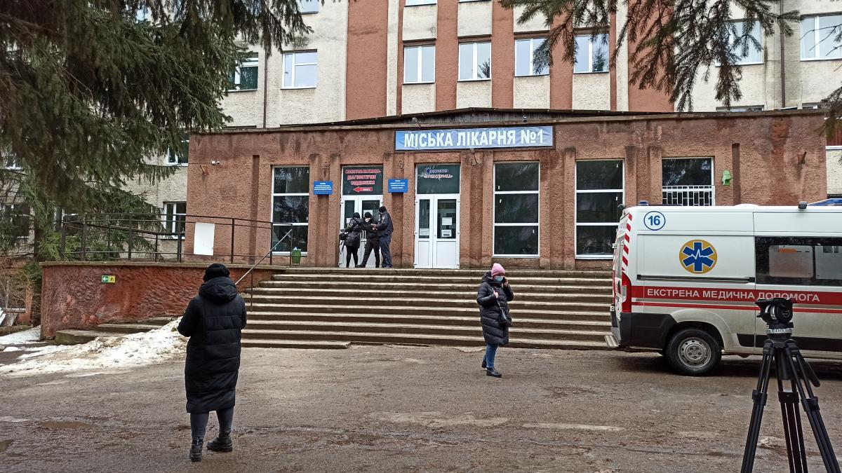 Информация о взрыве в больнице кислородного баллона не соответствует действительности /фото УНИАН, Николай Кобылюк