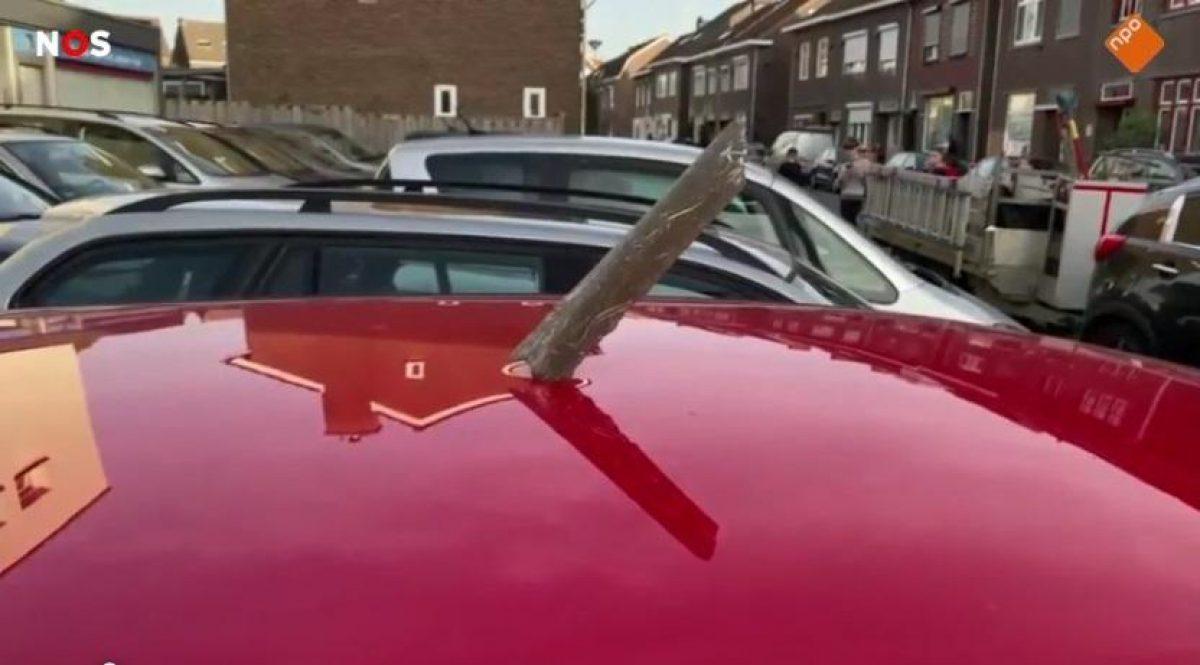 Авария самолета — в Нидерландах двигатель самолета разрушился в