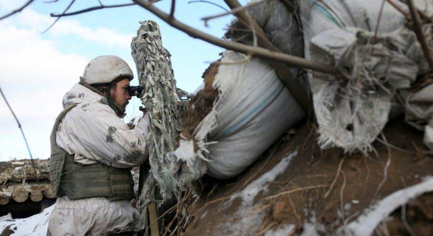 Бойовики гатили з мінометів та гранатометів по українських позиціях на Донбасі