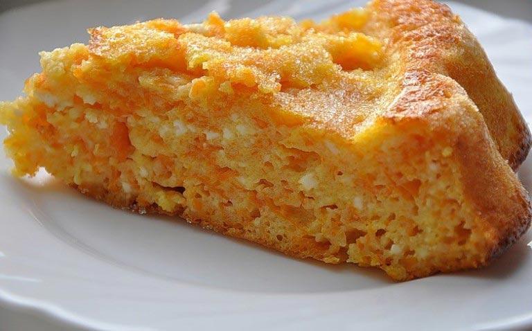 Как приготовить морковную запеканку/ фото vkuso.ru