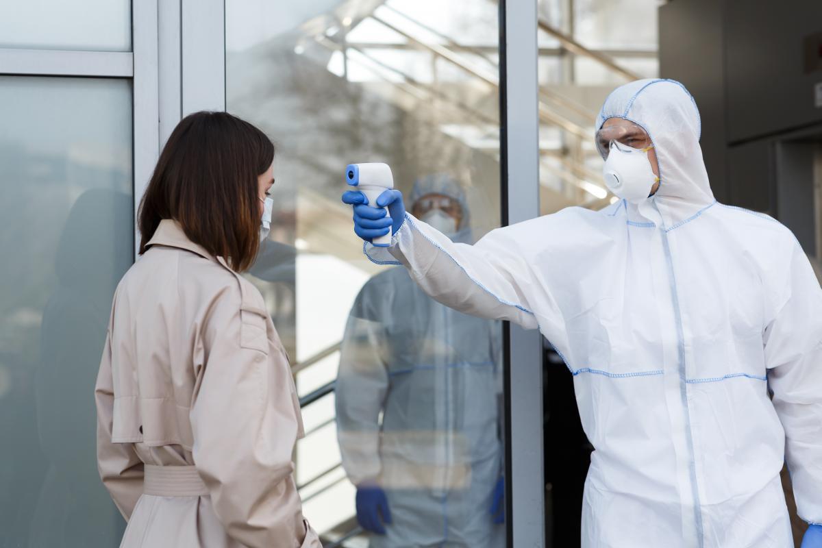 Всего в Великобритании в феврале зафиксировали шесть случаев заражения бразильскимштаммом коронавируса / фото ua.depositphotos.com