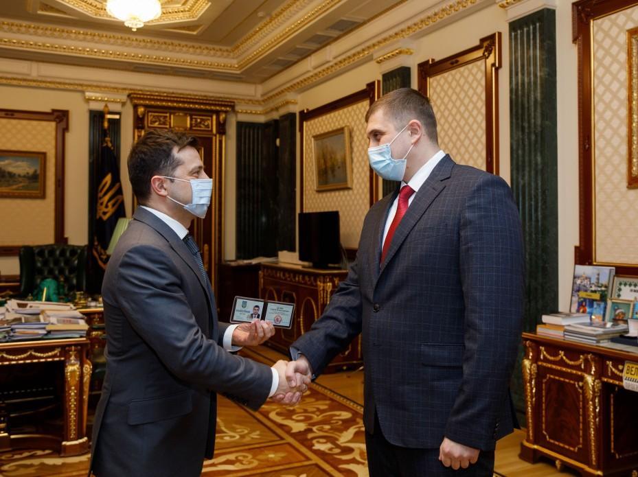 З грудня 2020 року Козир тимчасово виконував обов'язки голови Херсонської ОДА після звільнення Гусєва / фото Офіс президента України