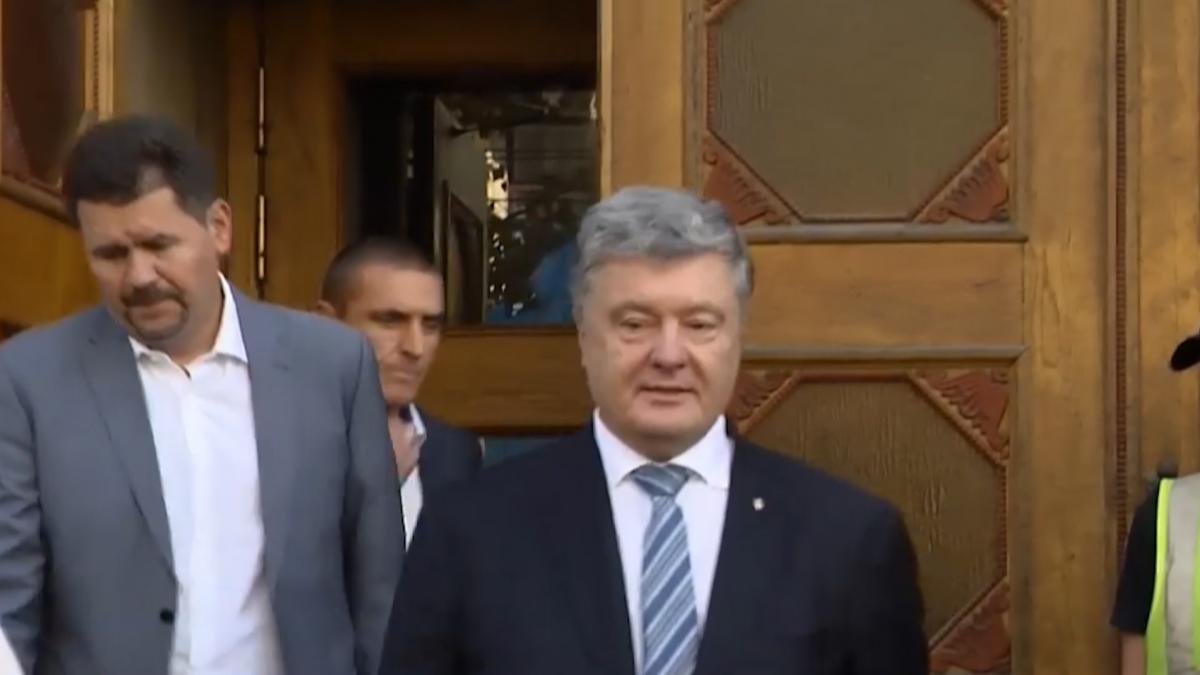 У грудні 2014 року Порошенко вів перемовини в Австралії про взаємодію в енергетичній сфері