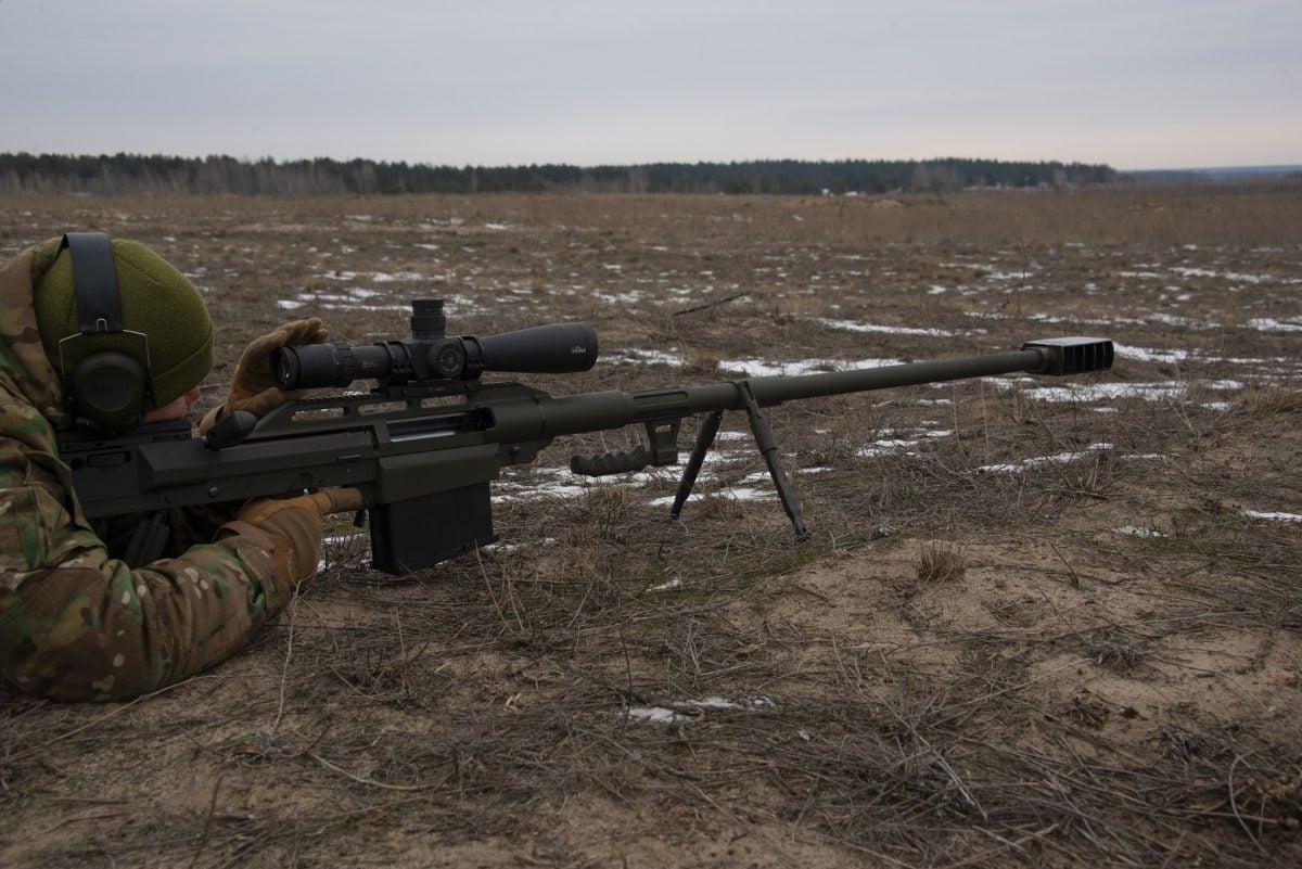 Усі деталі гвинтівки виготовлені українськими зброярами / фото armyinform.com.ua