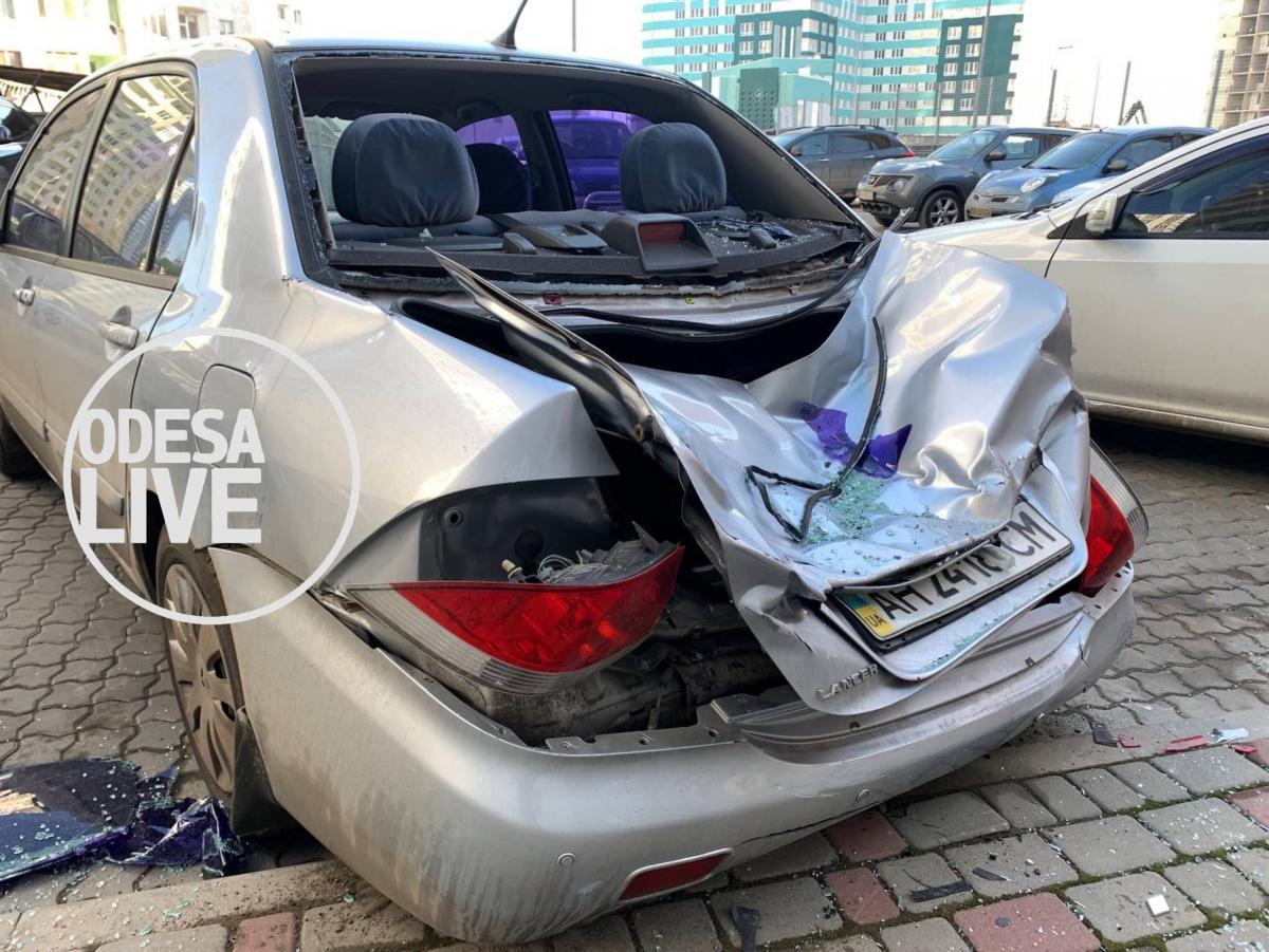 Поврежденный автомобиль / Odesa Live