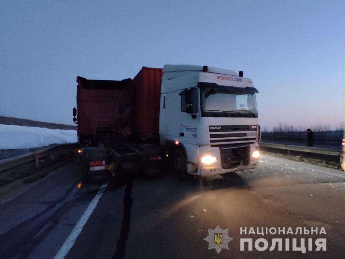 Под Одессой произошло смертельное ДТП / фото Нацполиция