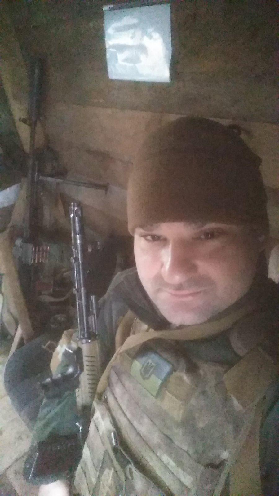 """""""Армия была не воюющая, армия была во многом уничтожена"""", - майор / фото из личного архива Павла Суханя"""