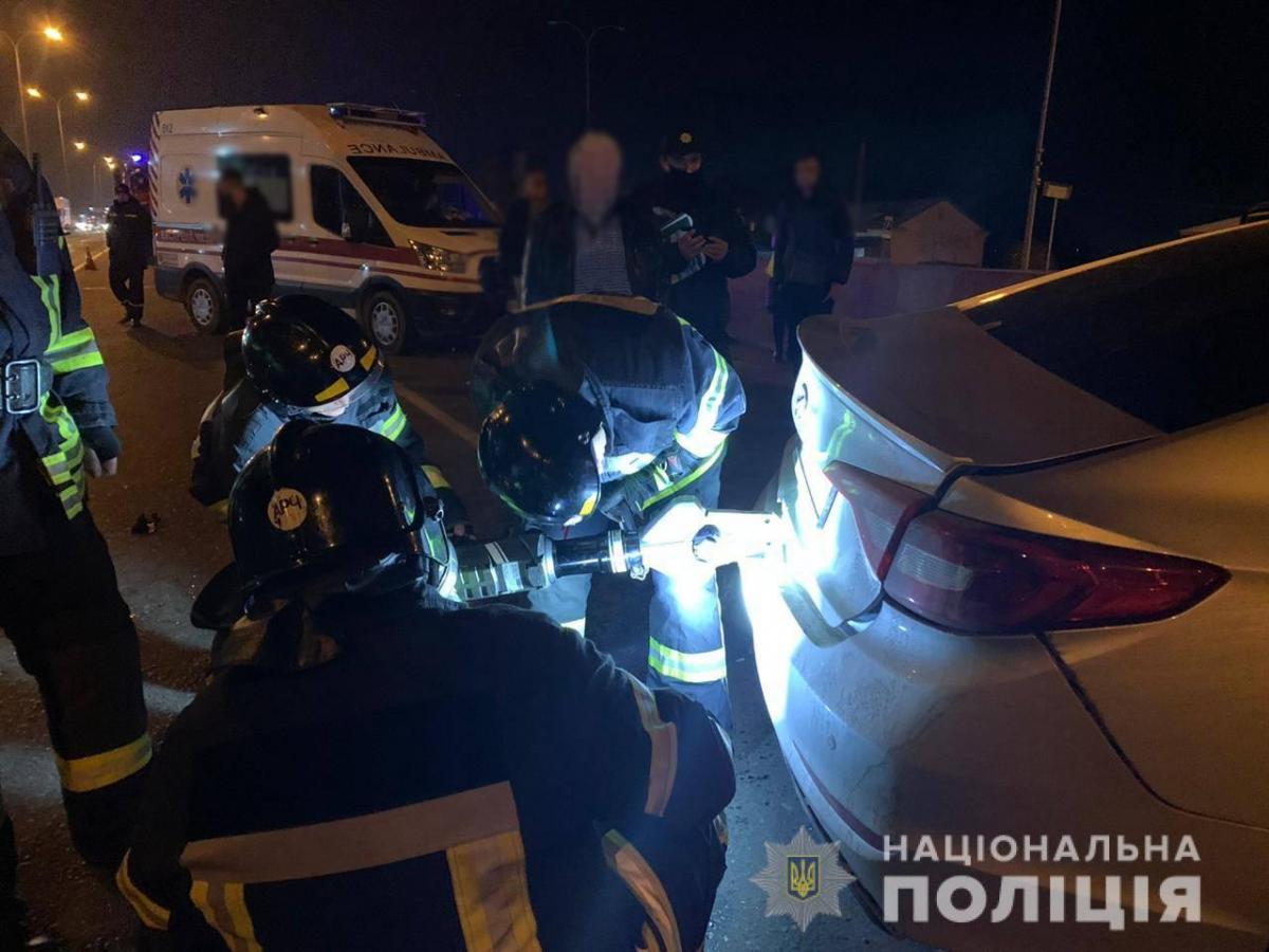 В результате ДТП погиб пассажир автомобиля Hyundai Sonata / фото Национальная полиция
