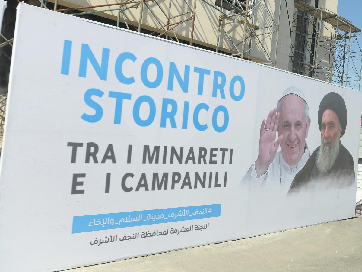 Папа Римский провел историческую встречу с лидером шиитов / REUTERS