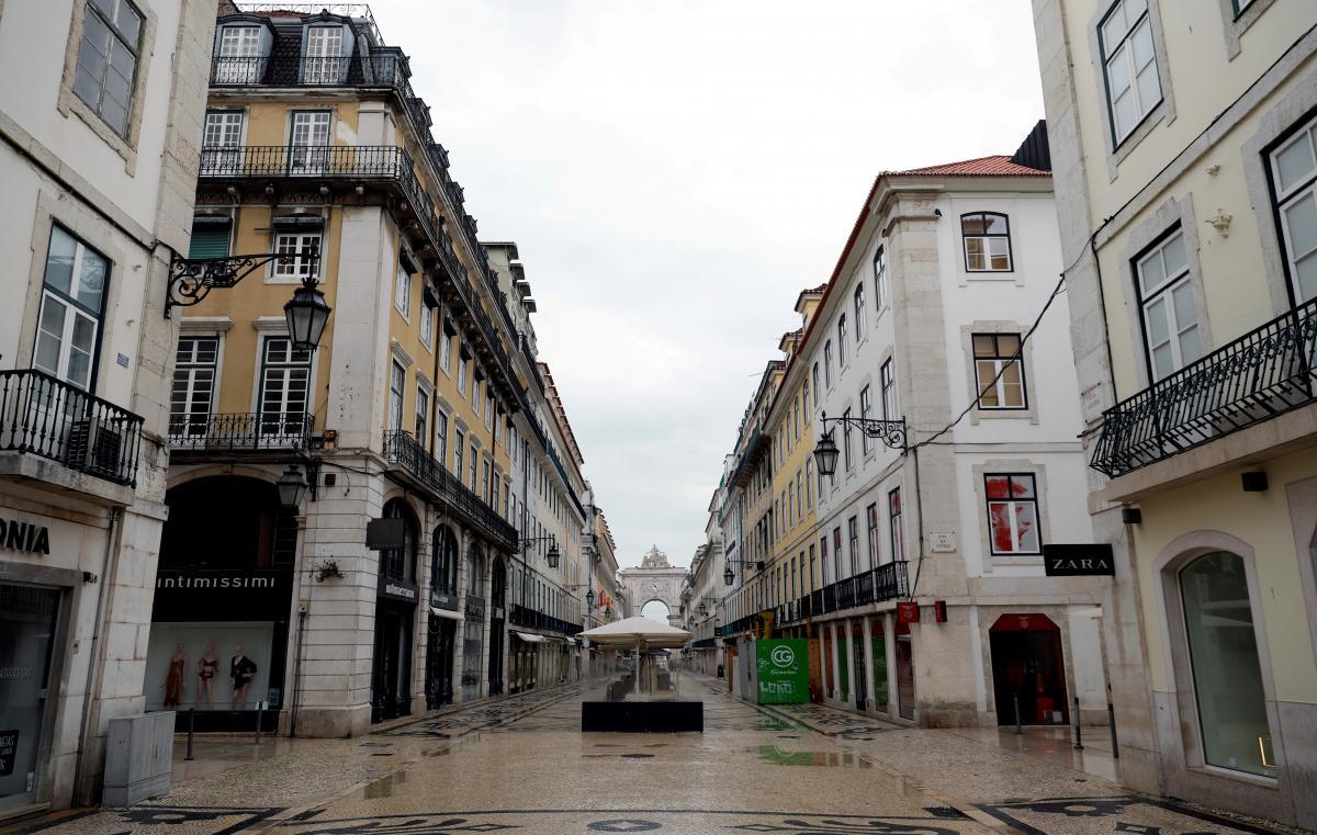 У історичному центрі Лісабону бронювання житла за час пандемії скоротилися на 20% / фото REUTERS