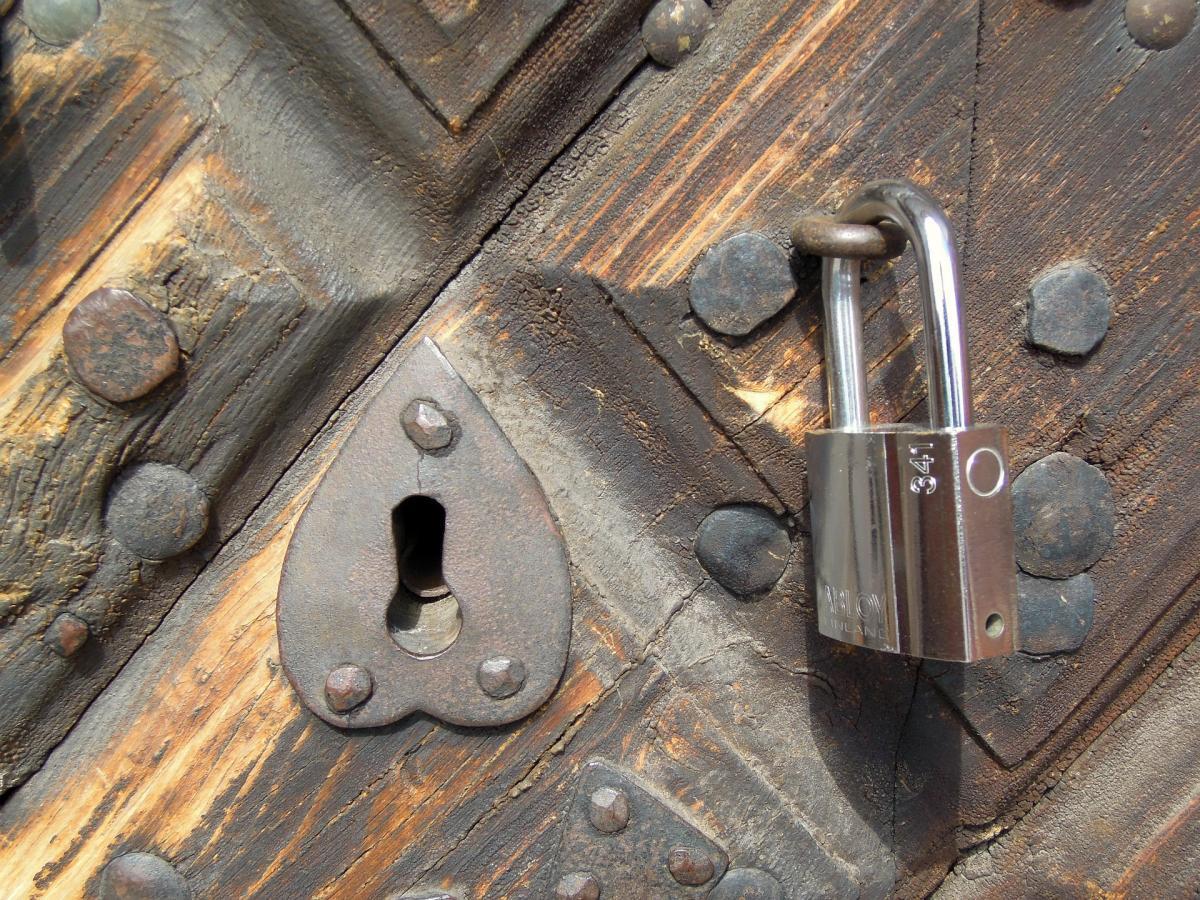 13 марта - День заглядывания в замочные скважины / фото pixabay.com