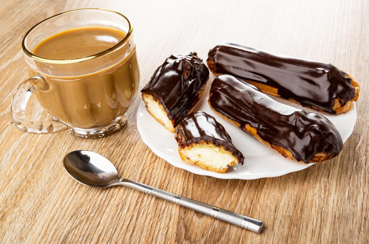 Как приготовитьэклеры со сливочным кремом/ фото ua.depositphotos.com