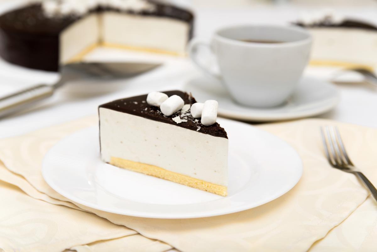Как приготовить торт Птичье молоко / фото ua.depositphotos.com