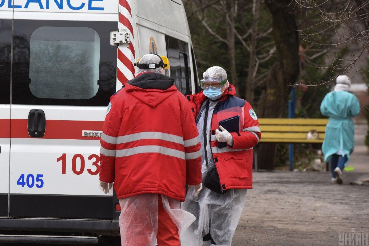 Одна из главных причин печальной статистики - «британский» штамм коронавируса \ фото УНИАН