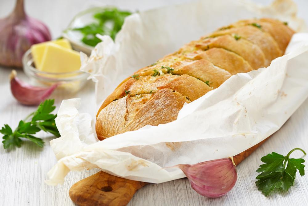 Рецепт чесночного хлеба / фото ua.depositphotos.com