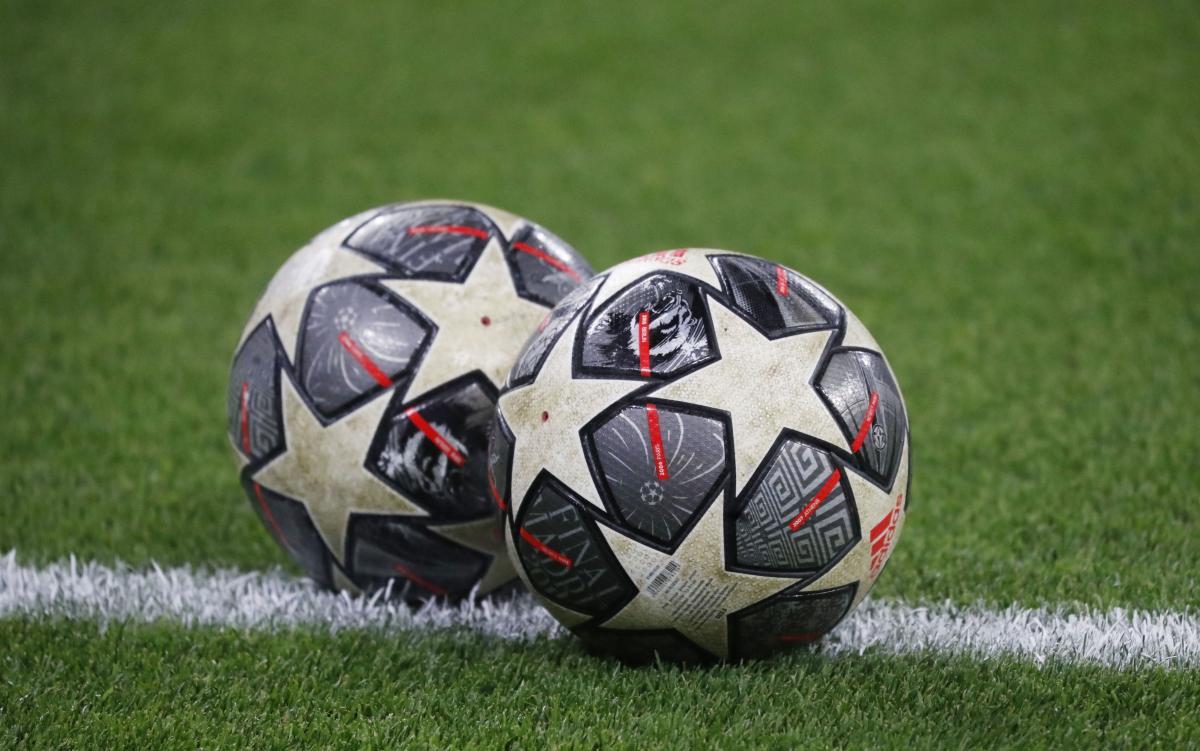 Мяч Лиги чемпионов / фото REUTERS